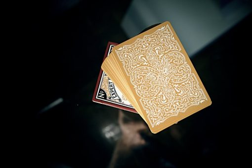 Global Titans - Classic Gold by The Expert Playing Card Company